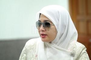 Shahnaz-Majid-syariah-divorce-mahmud-taib